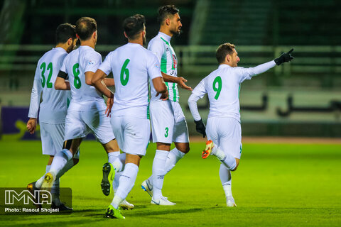 جواب آزمایش کرونا بازیکنان تیم فوتبال ذوب آهن اصفهان منفی اعلام شد
