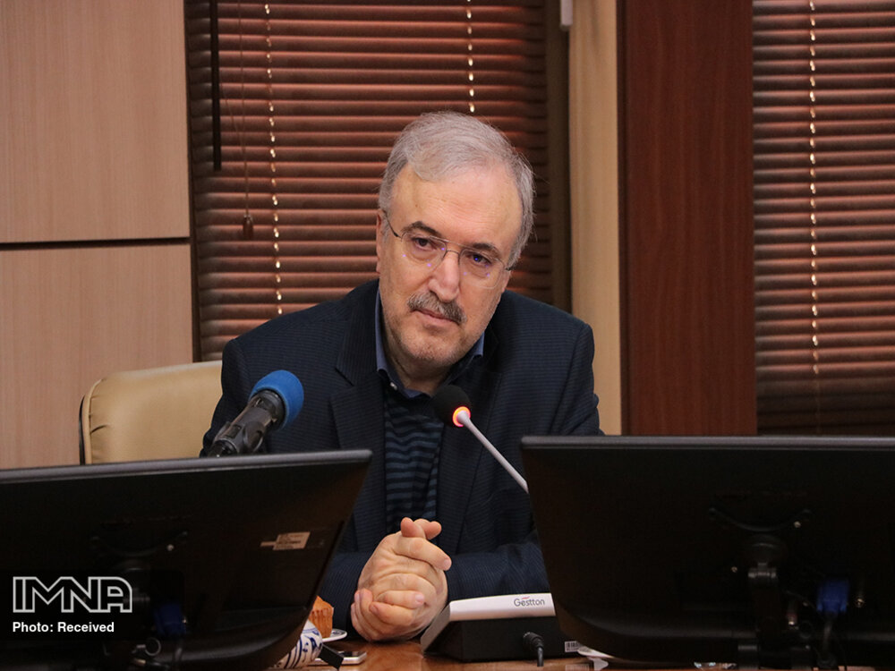 تشکر وزیر بهداشت از رییس کل بانک مرکزی برای تامین ارز مورد نیاز واکسن