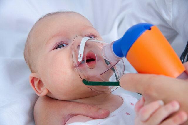 نجات نوزاد ۲۰ روزه از خفگی با راهنمایی تلفنی پرستاران اورژانس + صوت