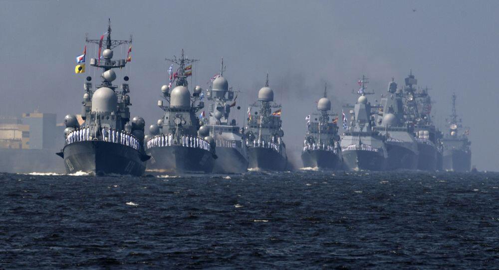حضور ناوگروههای عملیاتی ارتش در آبهای کشور برای تامین امنیت دریانوردان