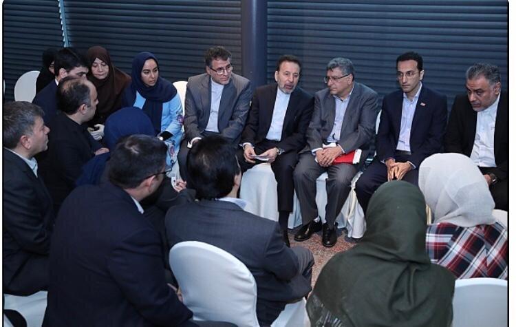 گفت وگوی واعظی با ایرانیان مقیم مالزی