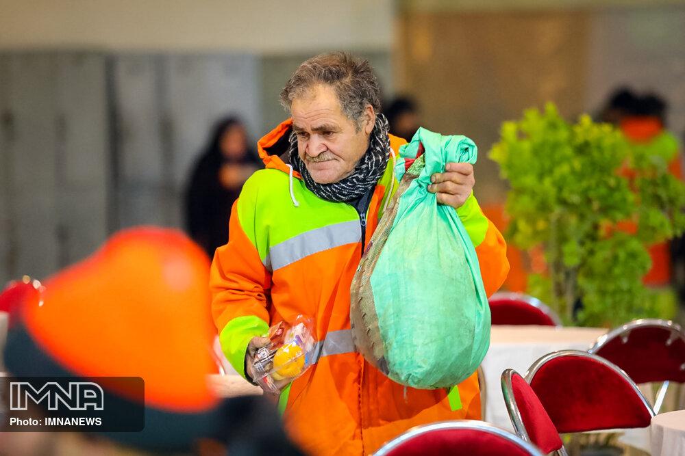 احسان علیخانی، از مدافعان نظافت گفته است