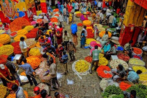 تدابیر شهرهای جهان برای رونق بازارهای محلی
