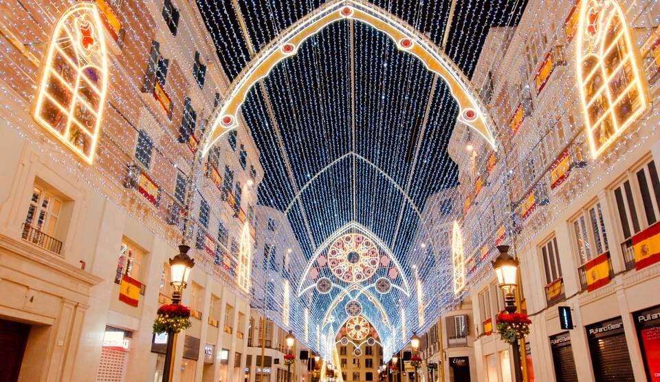 والنسیا میزبان جشنهای متفاوت سال نوی میلادی