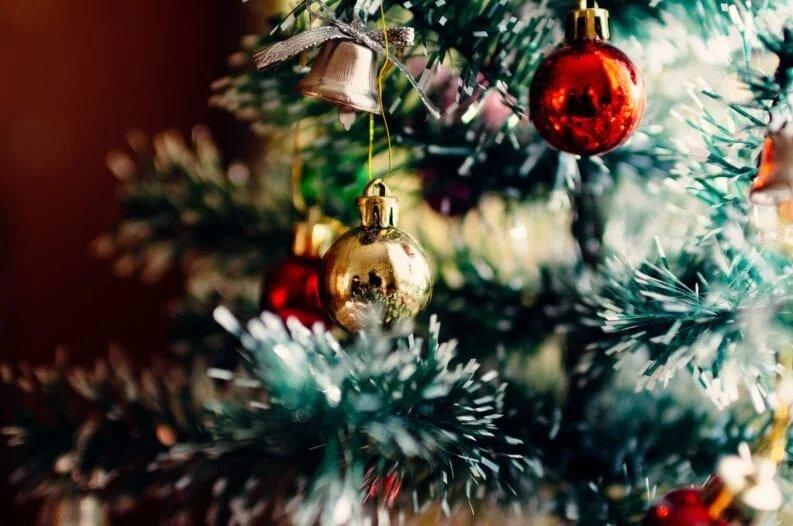 نمادهای معروف سال نوی میلادی و ریشه آنها