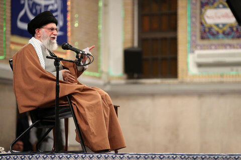 Leader urges Iranians to heed official directives on coronavirus