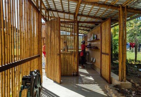 احداث مرکز اجتماعی بامبویی
