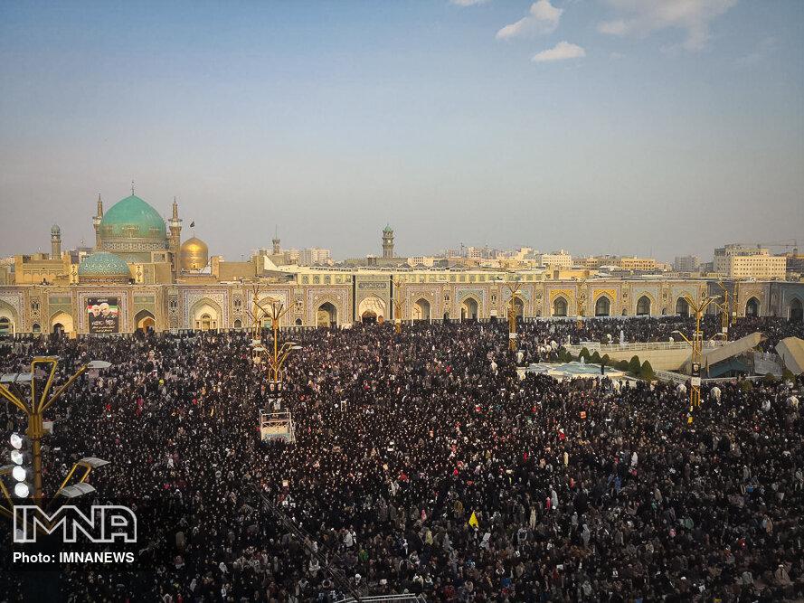 تشییع پیکر شهید سردار قاسم سلیمانی در مشهد مقدس