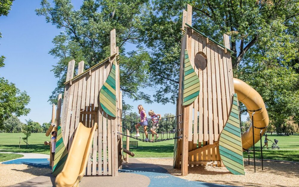 پارک واشنگتن؛ آمیزهای از هنر و خلاقیت