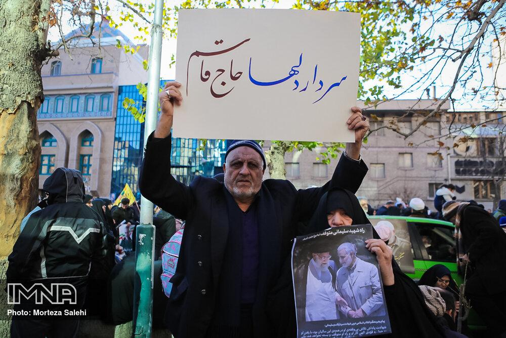 اقتدار ایران مرهون خون شهدایی همچون سلیمانی و فخری زاده است