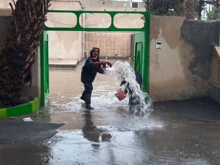 آبگرفتگی ۵۰ واحد مسکونی در شهرضا و اختلال در شبکه های برق شرق اصفهان