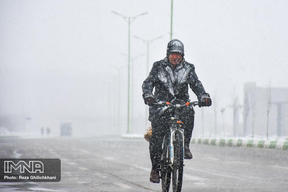 آمادگی شهرداریها و دهیاریها درپی ادامه بارشها