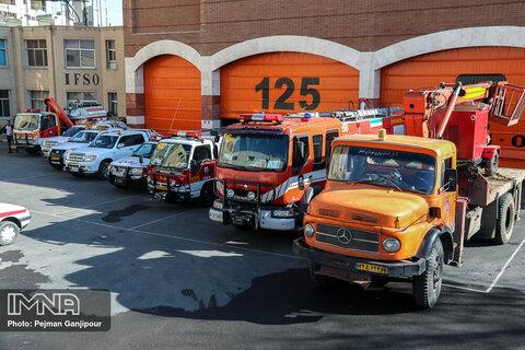 اضافه شدن ۲ دستگاه خودروی اطفای حریق به ناوگان آتشنشانی خرمآباد