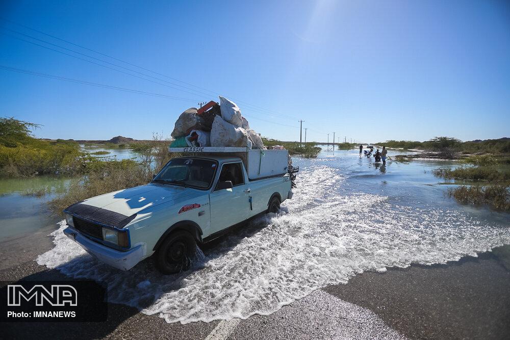 قطعی برق و آب برخی روستاهای لرستان با وقوع سیل/ بارشها ادامه دارد