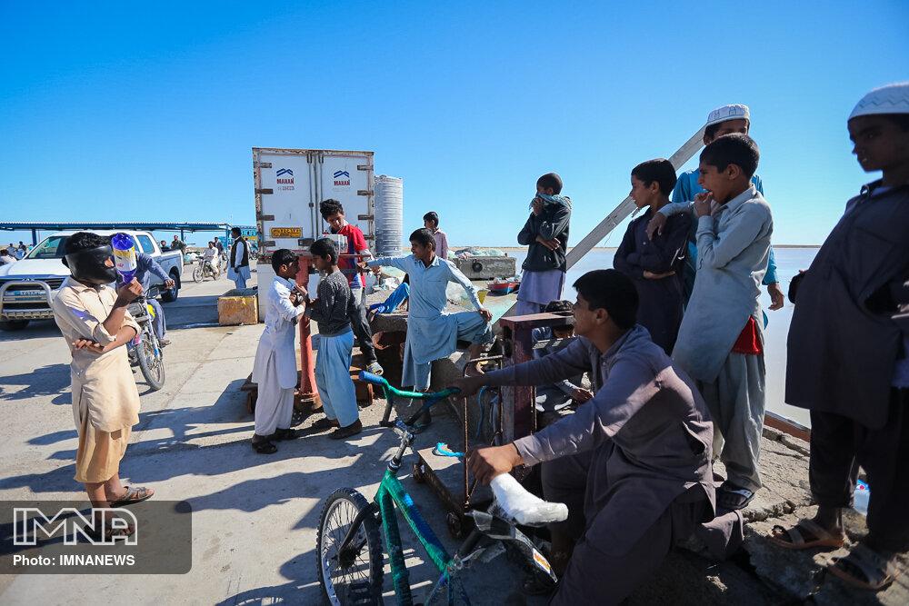 اقدام خودجوش منطقه ۸ شهرداری اصفهان برای کمک به سیلزدگان