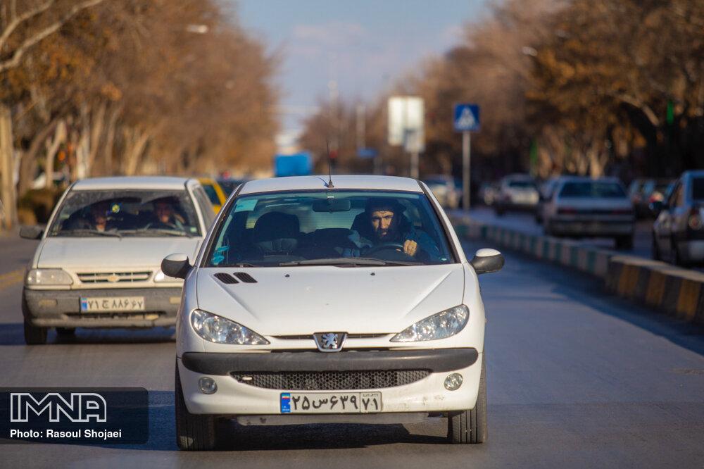 اعمال محدودیت تردد خودروها در شهرکرد!