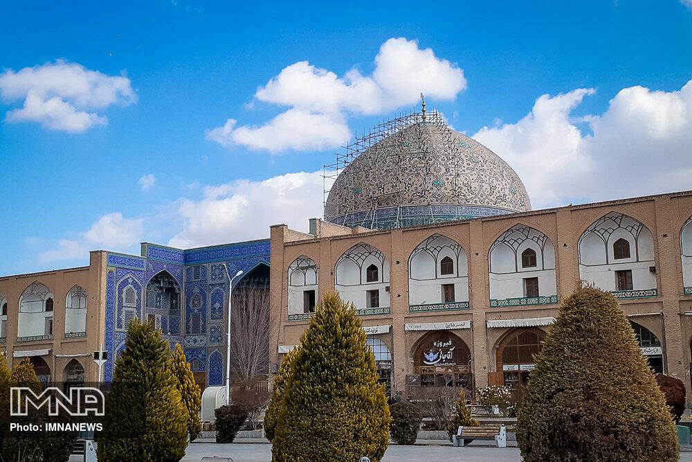 از گنبد مسجد شیخ لطفالله تا فلج شدن گردشگری در ایران