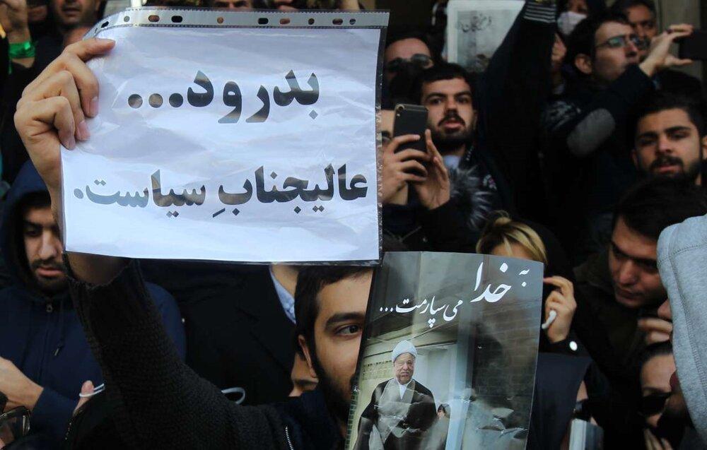 هاشمی؛ روحانی مبارز، سیاست مدار مصلحت اندیش