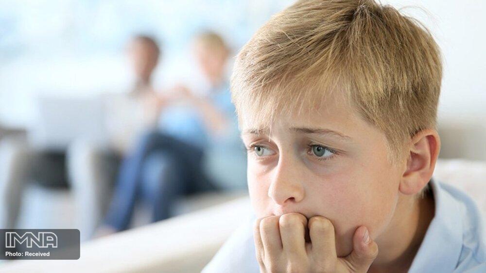 کودکان را از شنیدن و دیدن اخبار بد منع کنیم