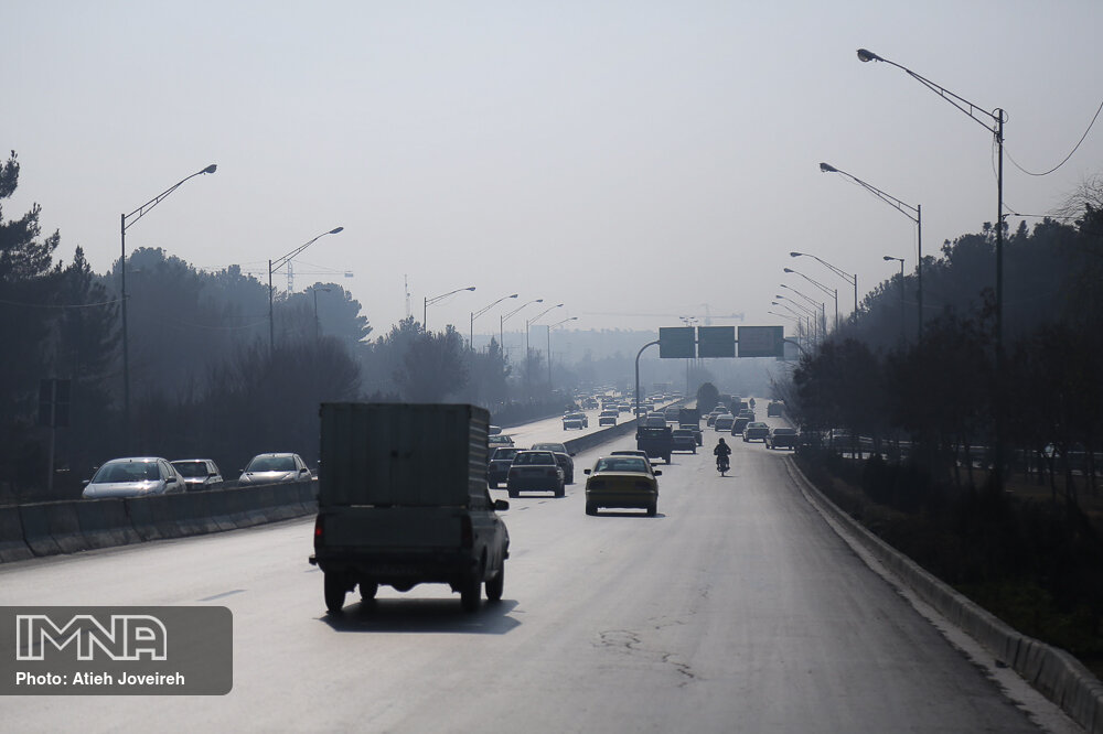 شنبه، غبار آلودگی هوا و دما در اصفهان افزایش می یابد