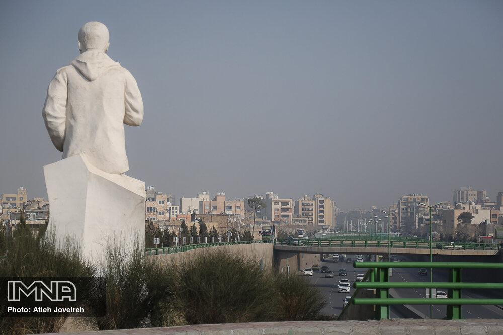 ورود خودروهای غیراستاندارد شهرهای دیگر به اصفهان محدود شود