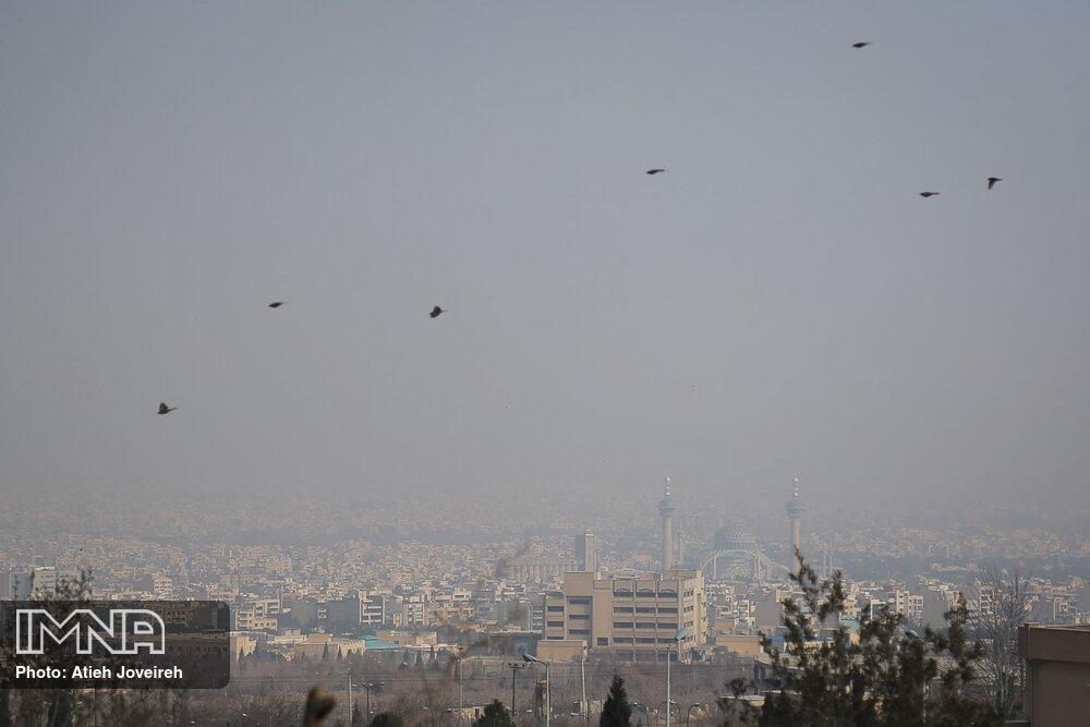 هوای شهرهای صنعتی و پرجمعیت آلوده میشود