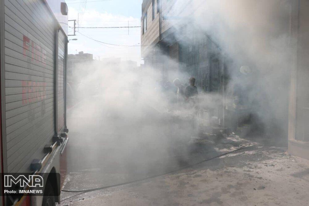 انبار ضایعات کوی راه حق آتش گرفت