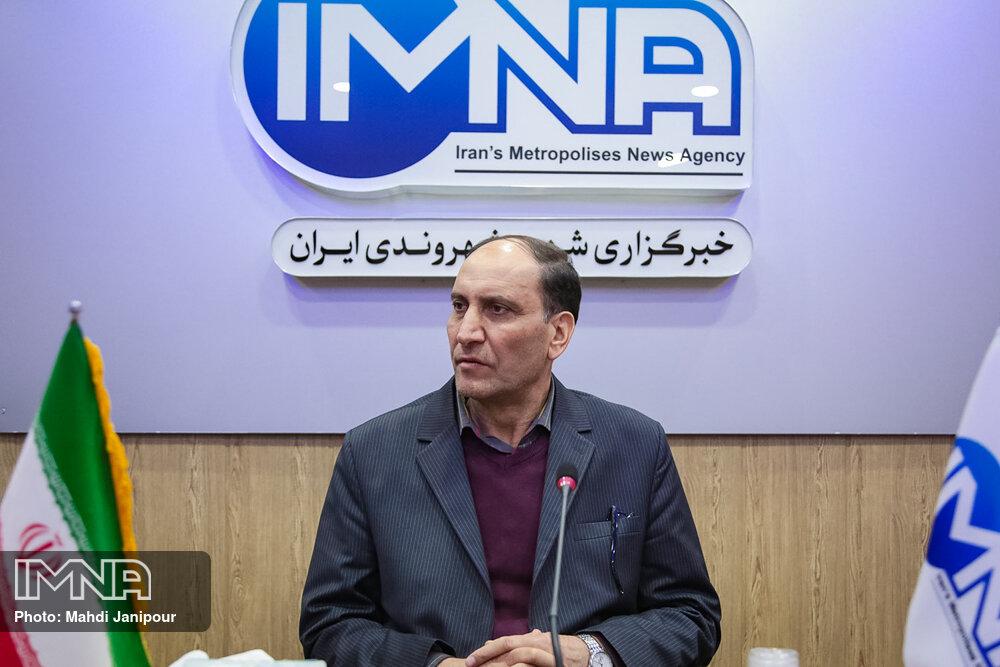 مالکیت در مناطق کمبرخوردار  اصفهان باید تثبیت شود/ آماده حضور سرمایهگذاران هستیم