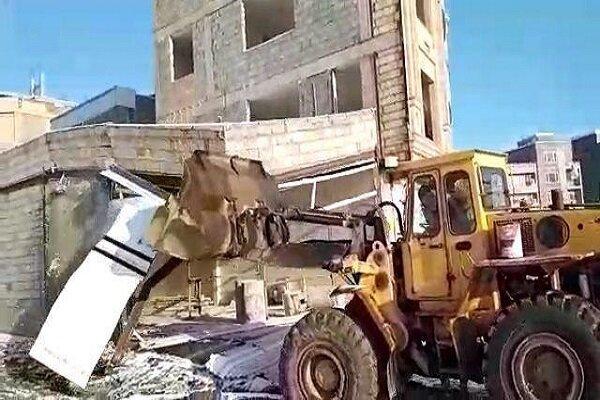 تخریب ۷ ساختمان غیر مجاز در فردیس