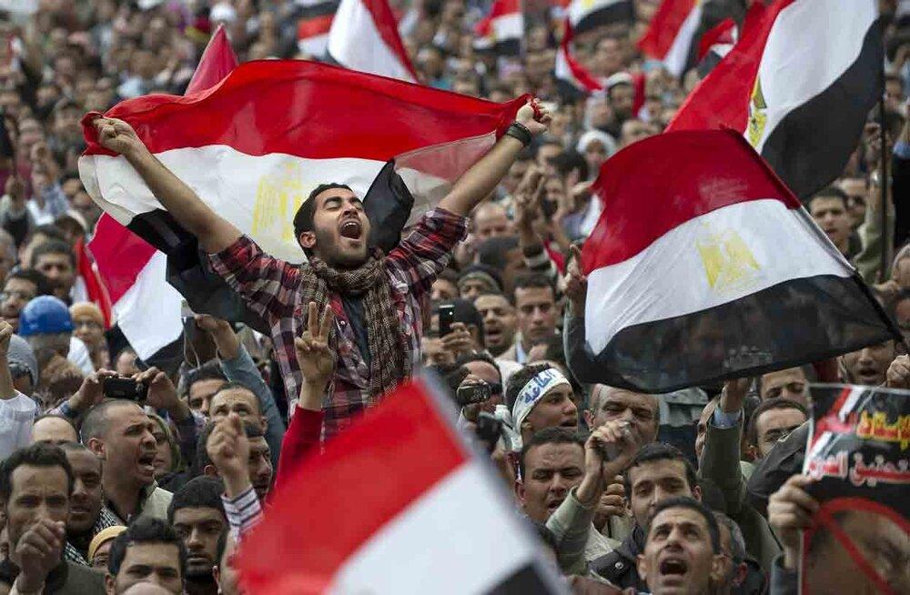 سقوط مبارک