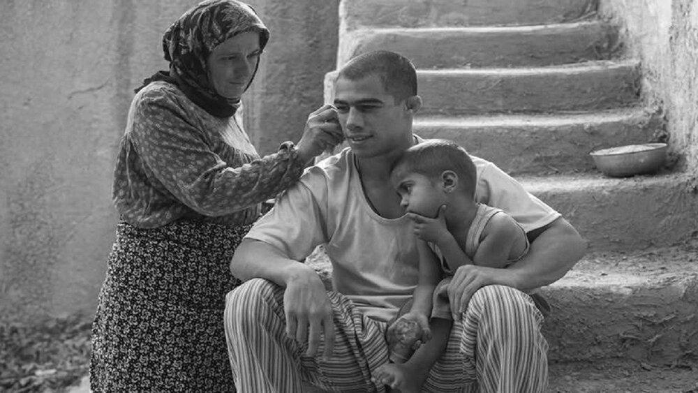 پخش فیلم غلامرضا تختی از آیفیلم