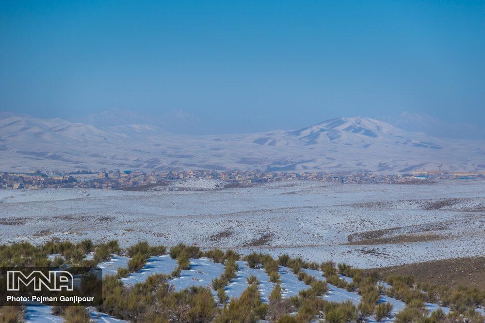 دمای هوا در بویین میاندشت اصفهان به منفی ۲۰ درجه سانتیگراد رسید