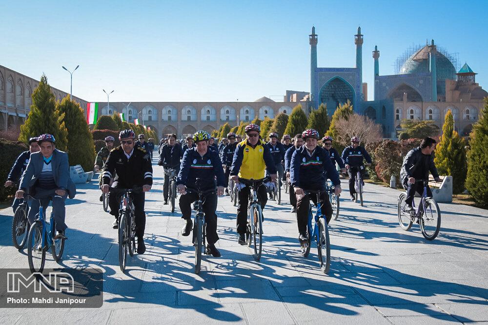 همایش دوچرخه سواری مدیران ارشد استان