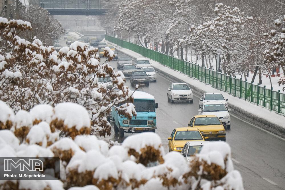 آخرین وضعیت راههای استان اصفهان تا ظهر ۴ فروردین