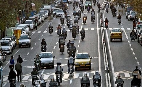 آموزش به ۵ هزار شهروند تهرانی در کارگاههای کمپین موتورسوارخوب