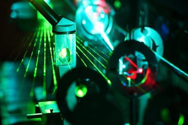 لیزر چه کاربردهایی در علم پزشکی دارد؟
