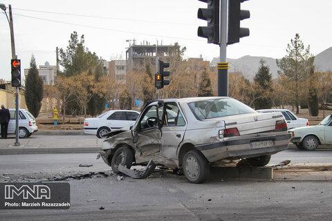 ۷ مصدوم در حادثه تصادف میدان کشوری