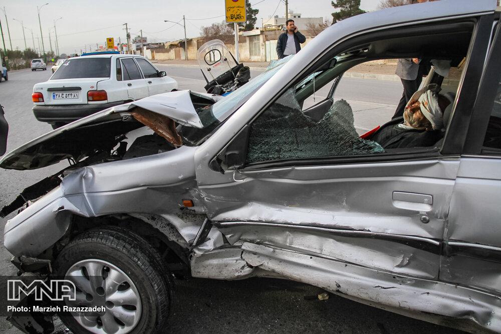 تصادف شدید در خیابان روشن دشت