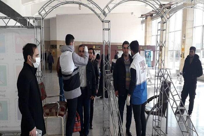 تست سلامت مسافران در پایانه مسافربری ارومیه