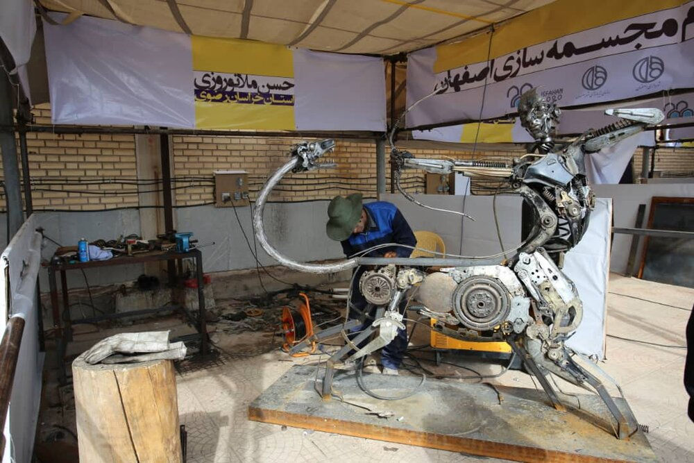 اضافه شدن ۱۱ اثر هنری به مجسمههای شهر اصفهان