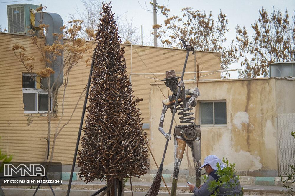 برگزاری نخستین سمپوزیوم ملی مجسمههای فلزی در یاسوج