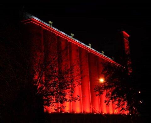 نورپردازی ویژه ساختمان سیلوی اصفهان