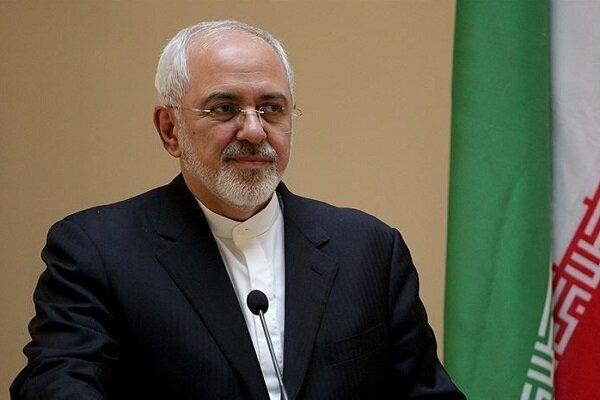 تاکید ظریف بر توسعه روابط ایران و کویت