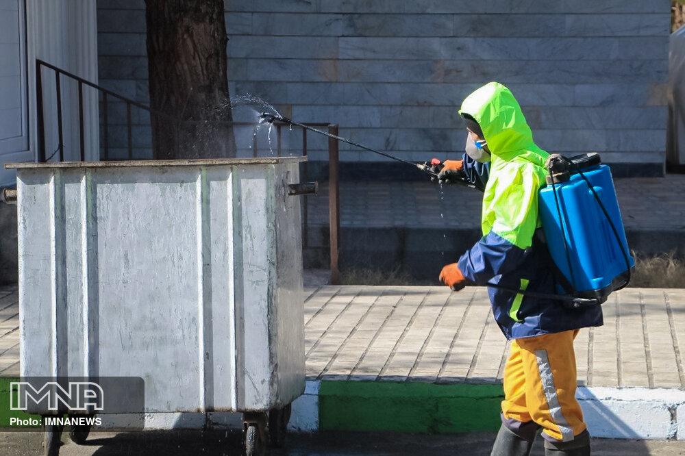 شست و شوی مکانیزه و گندزدایی بیش از ۴۵ هزار سطل زباله در سمنان