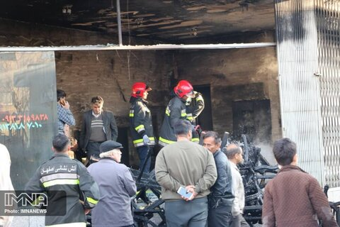 ۹ آتش سوزی و یک تصادف فوتی در اصفهان