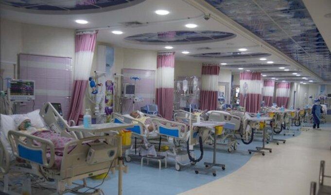 کاهش ۱۵ درصدی مرگومیر بیماران کرونا در آذر/پیشنهاد علوم پزشکی برای بازگشایی اصناف