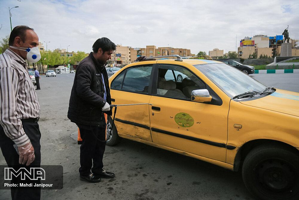 سوار کردن بیش از سه نفر در تاکسی، ممنوع!