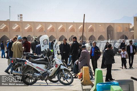 مردم اصفهان در بحران کرونا بازار را رها نکرده اند