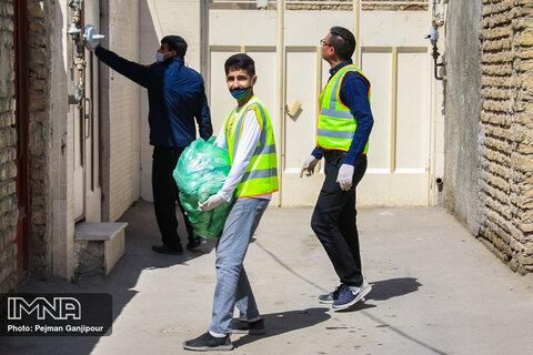 توزیع ۸ هزار بسته حمایتی بهداشتی در محلات کمتر برخوردار