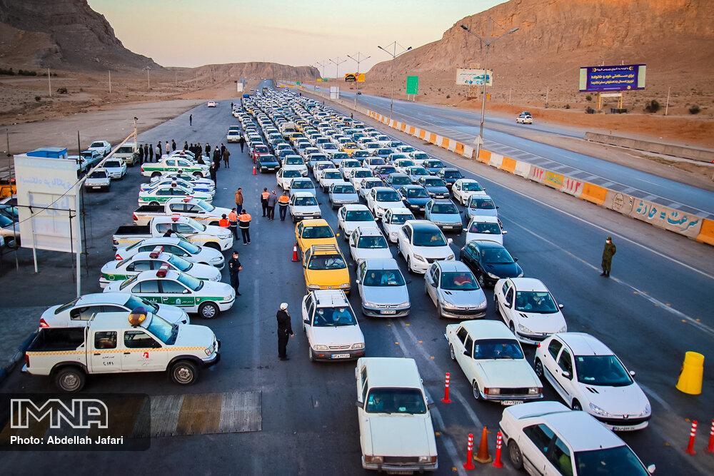 جریمه حدود ۲ هزار خودرو در مبادی ورودی استان اصفهان